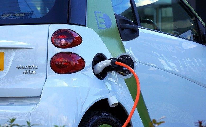 MBS are on the road to becoming fully qualified to service and repair electric vehicles